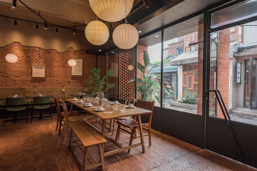 طراحی رستوران با آجر قرمز