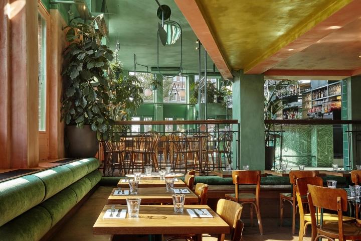 کاربرد رنگ سبز و گل و گیاه در دکوراسیون رستوران