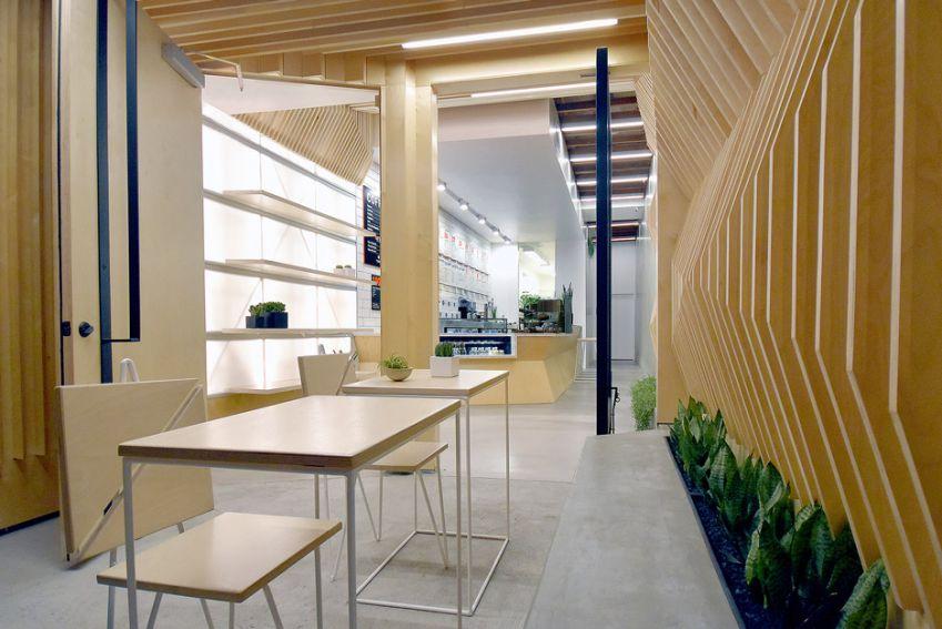 طراحی کافه با پانل های چوبی
